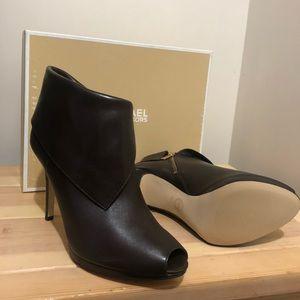 #Michaelkors Kendra Open Toe Bootie size 11 ***NEW